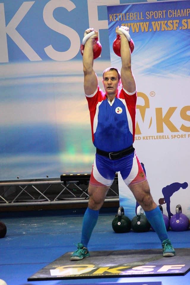 Иван Денисов - чемпион  России по гиревому спорту